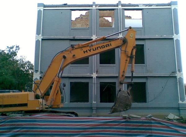 强大的挖掘机!